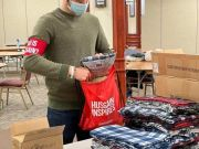 """Photos: """"Who is Hussain?"""" volunteers in Chicago donated 120 bags to homeless in a cold weather"""