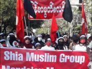 شيعة ميانمار يعترضون على الانقلاب العسكري